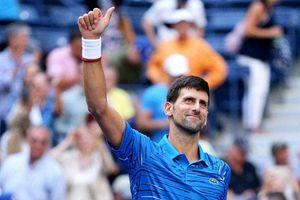 US Open ngày 1: Djokovic 'khởi động' nhẹ nhàng