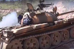 Đoàn xe tăng của quân đội Syria tiến đánh thị trấn Kabani