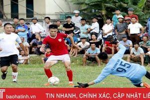 Hồng Lĩnh Hà Tĩnh giao lưu bóng đá mừng kỷ niệm 550 năm thành lập huyện Hương Sơn