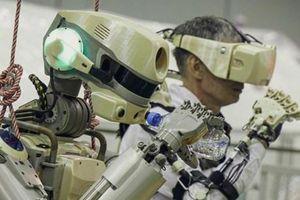 Robot đầu tiên trên không gian của Nga 'đặt chân' lên ISS