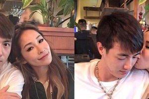 Nữ diva nổi tiếng Đài Loan khoác tay hôn má bạn trai kém 16 tuổi trên phố