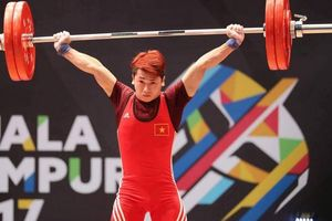 Tiêm thuốc đau lưng, đô cử vô địch thế giới Trịnh Văn Vinh nhận cú sốc lớn