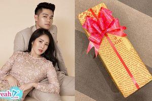Gần kề ngày lâm bồn, Lê Phương mất ngủ cả đêm khi nhận được quà sinh nhật tự làm của chồng trẻ