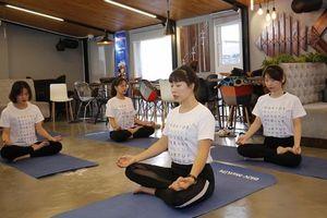 Tập luyện Yoga miễn phí cùng BIDV MetLife