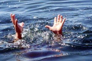 Bắt ốc ở vịnh Cam Ranh, 4 người trong gia đình chết đuối thương tâm