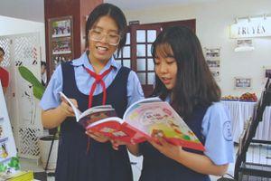 Câu chuyện 'dụ' học trò đến với sách của cô giáo dạy Văn