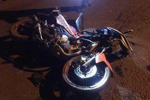 Xe máy tông liên hoàn, 3 người tử nạn