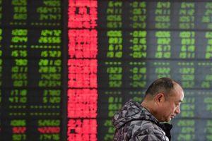 Chứng khoán châu Á trái chiều khi đường cong lãi suất kho bạc Mỹ giảm kỷ lục