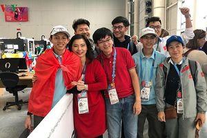 Việt Nam lần đầu tiên giành huy chương bạc tại Kỳ thi tay nghề thế giới
