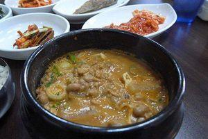 Đặc sản 'súp xác thối' Hàn Quốc thách thức thực khách phương xa