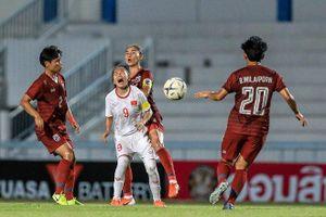 Đừng để tuyển nữ Việt Nam ăn mừng vô địch giữa những khán đài cô đơn