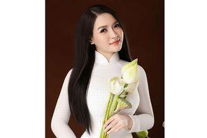 Sao mai Đinh Trang làm khó mình với 'Hát đợi anh về'
