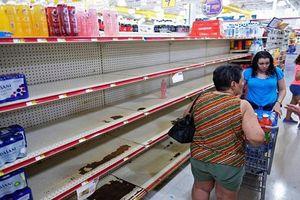 Dân Mỹ 'cuống cuồng' chuẩn bị đối phó siêu bão Dorian