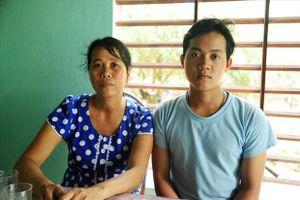Mạnh thường quân 'tiếp sức' cho nam sinh nghèo vượt qua nghịch cảnh tới trường