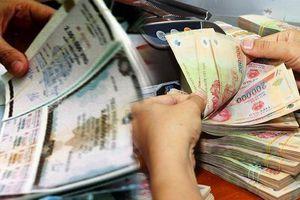 Vì sao Ngân hàng Nhà nước phải 'tuýt còi' chiêu bài đảo nợ cho công ty thân hữu