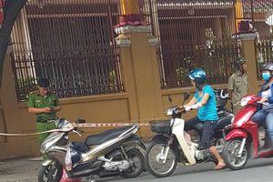 Bắt nhóm côn đồ chém người đàn ông đứt lìa tay ở trung tâm Sài Gòn
