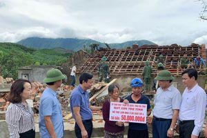 MTTQ Hà Tĩnh hỗ trợ người dân bị thiệt hại do lốc xoáy