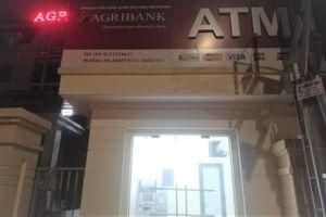 Hàng loạt ATM tê liệt trước giờ bão số 4 đổ bộ