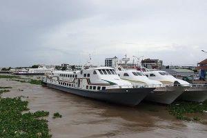 Cấm tàu thuyền chở khách du lịch ra đảo Phú Quốc trong bão số 4