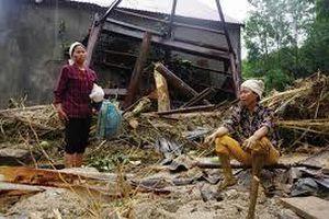 Yên Bái: Hơn 650 ngôi nhà bị tàn phá do giông lốc