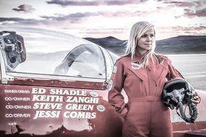 Tạm biệt người phụ nữ lái xe ôtô nhanh nhất thế giới