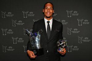 Van Dijk vượt qua Messi, Ronaldo, giật giải thưởng lớn đầu tiên