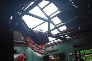 Phú Thọ: Nhiều nhà của hộ nghèo tốc mái sau mưa giông