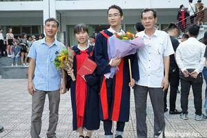 Nam sinh Nghệ An tốt nghiệp thủ khoa Trường Đại học Bách khoa Hà Nội