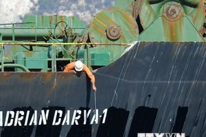 Thổ Nhĩ Kỳ: Siêu tàu chở dầu Iran chuyển hướng tới Liban