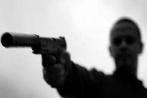 Dùng súng bắn người khác có phải là hành vi giết người không?