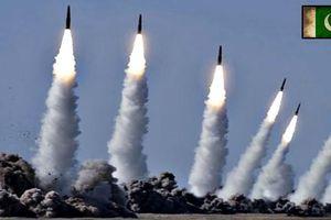 Pakistan thử tên lửa đạn đạo - chạy đua vũ trang với Ấn Độ?