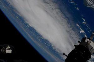 Siêu bão Dorian sắp vào Mỹ nhìn từ vệ tinh