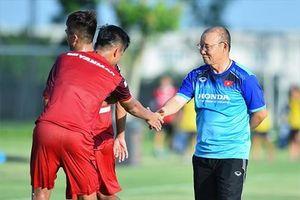 HLV Park Hang Seo sẽ xếp đội hình nào trước trận đấu với Thái Lan?