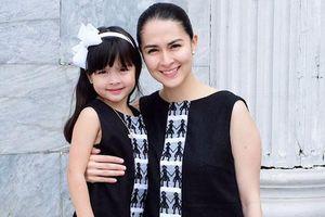 Con gái 'mỹ nhân đẹp nhất Philippines' được khen khi mặc đồ đôi với mẹ