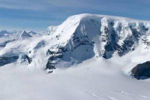 Sửng sốt bụi liên sao phát hiện ở Nam Cực