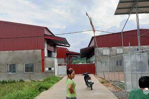 Vụ DN tự bịt lối đi, dân muốn qua phải trình... CMND ở Nghệ An vẫn chưa bị 'xử lý'?