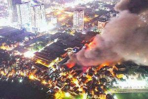Người dân sống trong bán kính 1,5km vụ cháy Rạng Đông hết sức thận trọng