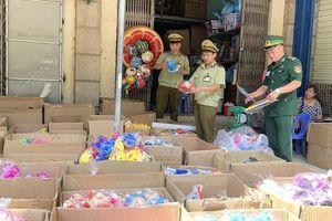 Thu giữ trên 7.000 sản phẩm đồ chơi Trung Quốc nhập lậu