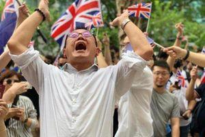 Hong Kong: Kiều dân Anh kéo đến Lãnh sự quán Anh nhờ giúp đỡ