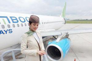 Bị khách quay lén, nữ tiếp viên hàng không vẫn xinh đẹp ngút ngàn