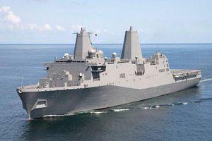 Soi siêu tàu đổ bộ Mỹ vừa đi qua eo biển Đài Loan
