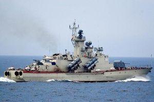 Choáng ngợp sức mạnh tàu tên lửa 'khủng' nhất thế giới của Israel