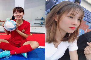 Nhan sắc như hoa khôi của nữ tuyển thủ Việt Nam vừa vô địch AFF Cup