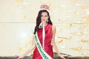 Bí mật chiếc đầm khiến Hoa hậu quốc tế Mariem Velazco trông như 'nữ hoàng', ai nhìn cũng đắm say