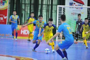 Futsal HDBank VĐQG 2019: Sahako thắng nhọc, Sanna Khánh Hòa rơi điểm