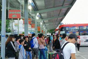 Người dân miền Tây tất bật trở lại Sài Gòn