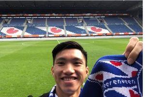 Đoàn Văn Hậu khoe ảnh trên sân CLB SC Heerenveen sau khi đặt chân đến Hà Lan