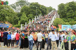 Tưng bừng ngày Tết Độc lập ở phố núi Điện Biên