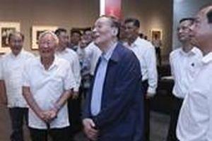 Lãnh đạo Trung Quốc tăng cường đến Quảng Đông, sát Hong Kong