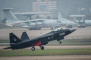 J-21 của Trung Quốc là bản sao F-35 của Mỹ?